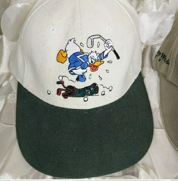 bc27df7ce12 Disney Donald duck hat